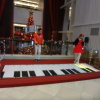 Interactive piano stage UPy1U8Xe