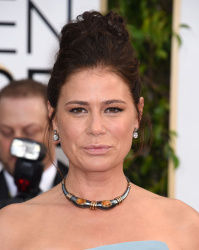 Maura Tierney - 73rd Annual Golden Globe Awards @ the Beverly Hilton Hotel in Beverly Hills - 01/10/16