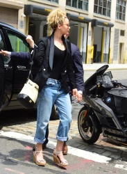 Jennifer Lawrence - House hunting in NYC 7/6/15