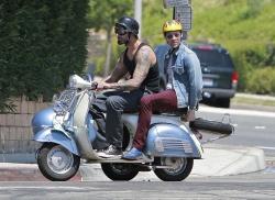 Josh Holloway & Sean Astin - Stay Cool Set - 29xHQ 68cFuFIw