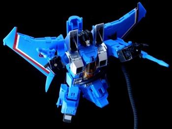 [Masterpiece] MP-11T Thundercracker/Coup de tonnerre (Takara Tomy et Hasbro) - Page 2 K6JZjnMn