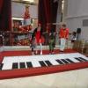 Interactive piano stage 3vHhLn94