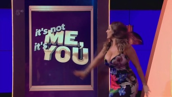 Kelly Brook - It's Not Me, It's You (2016) Cleavage | HD 1080p
