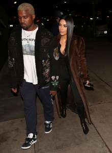Kim Kardashian - Out For Dinner With Kanye West in LA - February 18th 2017