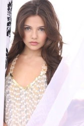 Danielle Campbell - Gorgeous Studio Shoot *swoon*