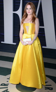 Isla Fisher - 2017 Vanity Fair Oscar Party Hosted By Graydon Carter- February 26th 2017