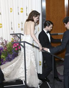 Kristen Stewart - Imagenes/Videos de Paparazzi / Estudio/ Eventos etc. - Página 31 AbuEhHcu