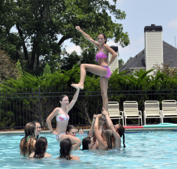 Topic: High School Cheerleader Pool Party (Read 6168 times)