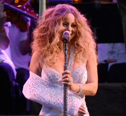 Mariah Carey ~ MLB All Star Charity Concert Benefiting Sandy Relief  Central Park, NYC, Jul 13