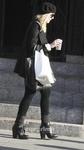 Dakota Fanning / Michael Sheen - Imagenes/Videos de Paparazzi / Estudio/ Eventos etc. - Página 4 AaaGvhpI