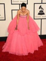 Rihanna  57th Annual GRAMMY Awards in LA 08.02.2015 (x79) updatet 1K3Sk1Ht