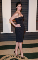 """Sarah Silverman """"2015 Vanity Fair Oscar Party hosted by Graydon Carter at Wallis Annenberg Center for the Performing Arts in Beverly Hills"""" (22.02.2015) 43x   CO6BVWbK"""