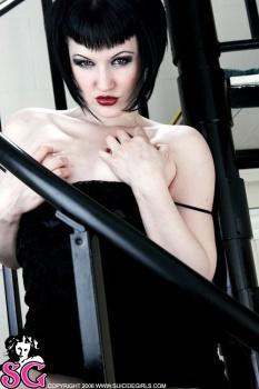 12-16 - Lexie - Noir Staircase