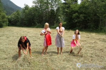 [AlpGirls] - Four Somein the Mountains - Set #5 (x45) 5000px