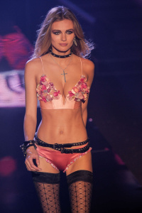 Fashion Show (part 2)