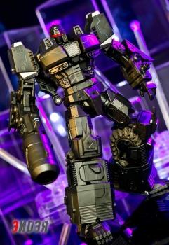[Mastermind Creations] Produit Tiers - Reformatted R-13 Spartan (aka Impactor) des Wreckers + R-14 Commotus (aka Turmoil) - IDW 3zgjNICm