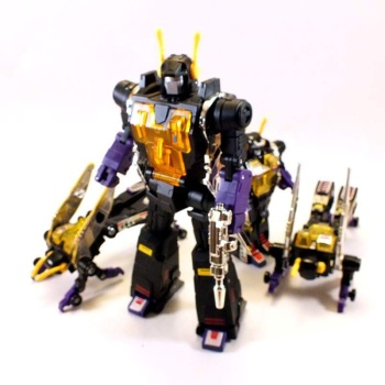 [Fanstoys] Produit Tiers - Jouet FT-12 Grenadier / FT-13 Mercenary / FT-14 Forager - aka Insecticons - Page 3 J9t0JIGa