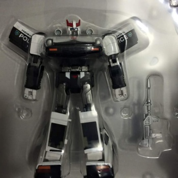 [Masterpiece] MP-17 Prowl/Cervo - Page 3 BLgkPbgq