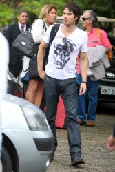 Ian Somerhalder - Goes for a helicopter ride in Brazil (May 31, 2012) - 5xHQ 7iCGvNBm