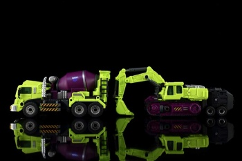 [Generation Toy] Produit Tiers - Jouet GT-01 Gravity Builder - aka Devastator/Dévastateur - Page 3 FZeRCAcU