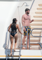 Nina Dobrev and Asustin Stowell enjoy the ocean off the cost the French Riviera (July 26) 1hxNvIy9