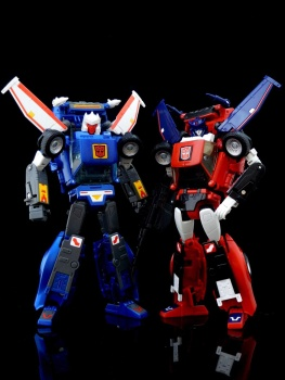 [Masterpiece] MP-25L LoudPedal (Rouge) + MP-26 Road Rage (Noir) ― aka Tracks/Le Sillage Diaclone - Page 2 LmXSNBSG
