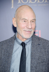 Patrick Stewart - 'The Hobbit An Unexpected Journey' New York Premiere benefiting AFI at Ziegfeld Theater in New York - December 6, 2012 - 6xHQ AqvhsQ4F
