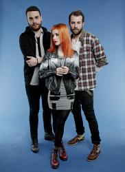 Paramore (Hayley Williams,  Jeremy Davis, Taylor York) - Chris McAndrew Photoshoot for The Guardian (February, 2013) - 35xHQ Af3ErnIM