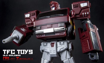 [TFC Toys] Produit Tiers - OS-01 Ironwill (aka Ironhide/Rhino) & OS-03 Medic (aka Ratchet/Mécano) - Page 2 QWaW8As1