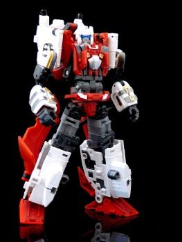 [MakeToys] Produit Tiers - Jouet MTCM-04 Guardia (aka Protectobots - Defensor/Defenso) - Page 3 ALbSXrlp