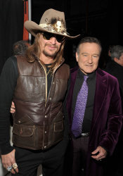 Kid Rock - 35th Annual People's Choice Awards, Shrine Theatre, Los Angeles, 01.07.2009 - 9xHQ MULoTghZ