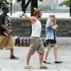 Dakota Fanning / Michael Sheen - Imagenes/Videos de Paparazzi / Estudio/ Eventos etc. - Página 5 AdkJazWE