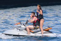 Nina Dobrev and Asustin Stowell enjoy the ocean off the cost the French Riviera (July 26) TJZOJ5h2