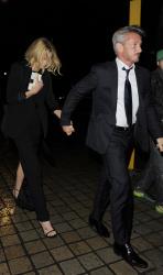 Sean Penn - Charlize Theron and Sean Penn - seen leaving Royal Festival Hall. London - February 16, 2015 (153xHQ) EuGPJuL8