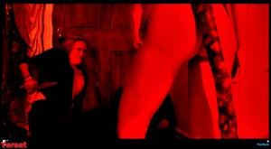 Natasha Henstridge, Augie Duke, Tiffany Shepis in The Black Room (2017... 6LDTF2Kr
