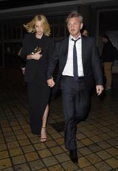 Sean Penn - Charlize Theron and Sean Penn - seen leaving Royal Festival Hall. London - February 16, 2015 (153xHQ) MgKM4Kfk