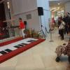 Interactive piano stage Jdz5ULNq