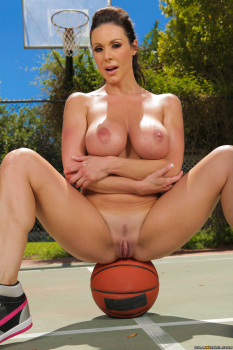 Kendra Lust - Double Dribble On My Tits 26-08