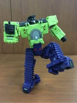 [Toyworld] Produit Tiers - Jouet TW-C Constructor aka Devastator/Dévastateur (Version vert G1 et jaune G2) - Page 3 THBy8kYR