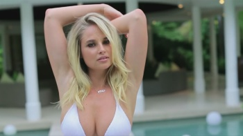 "Genevieve Morton - Swimsuit - World Swimsuit (2016)  ""Hot/sexy"" 