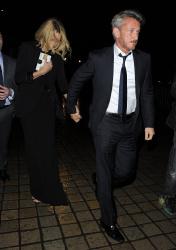 Sean Penn - Charlize Theron and Sean Penn - seen leaving Royal Festival Hall. London - February 16, 2015 (153xHQ) Rzs7nZyb