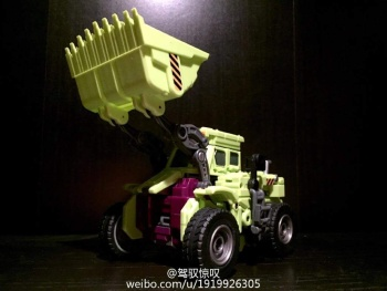 [Generation Toy] Produit Tiers - Jouet GT-01 Gravity Builder - aka Devastator/Dévastateur - Page 2 SpvxxGIQ