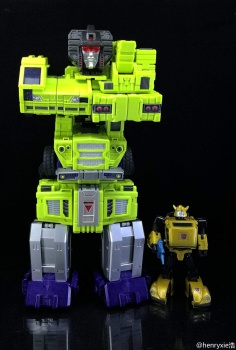 [Toyworld] Produit Tiers - Jouet TW-C Constructor aka Devastator/Dévastateur (Version vert G1 et jaune G2) - Page 7 HcbBSJOE