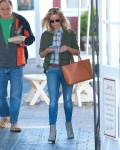 Reese Witherspoon Has a busy morning in Brentwood April 27-2015 x21