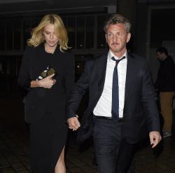 Sean Penn - Charlize Theron and Sean Penn - seen leaving Royal Festival Hall. London - February 16, 2015 (153xHQ) Sm84SQGy