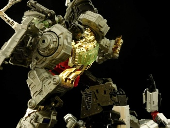 [GCreation] Produit Tiers - Jouet ShuraKing - aka Combiner Dinobots - Page 3 CHjSjzyr