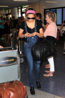 Nina Dobrev at LAX Airport (March 27) MY9Sk54l