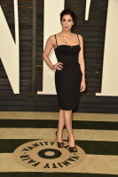 """Sarah Silverman """"2015 Vanity Fair Oscar Party hosted by Graydon Carter at Wallis Annenberg Center for the Performing Arts in Beverly Hills"""" (22.02.2015) 43x   5PC5zbZF"""