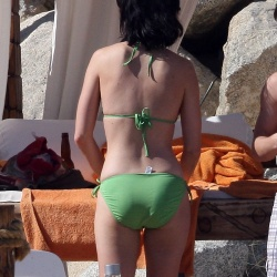 Katy Perry green bikini 454