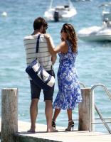 Nina Dobrev with her boyfriend Austin Stowell in Saint-Tropez (July 24) EdMFdUAj
